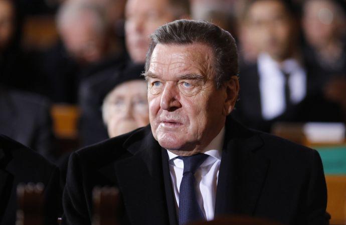 Schröder: Avrupa'nın Türkiye ve Rusya gibi ortaklara ihtiyacı var