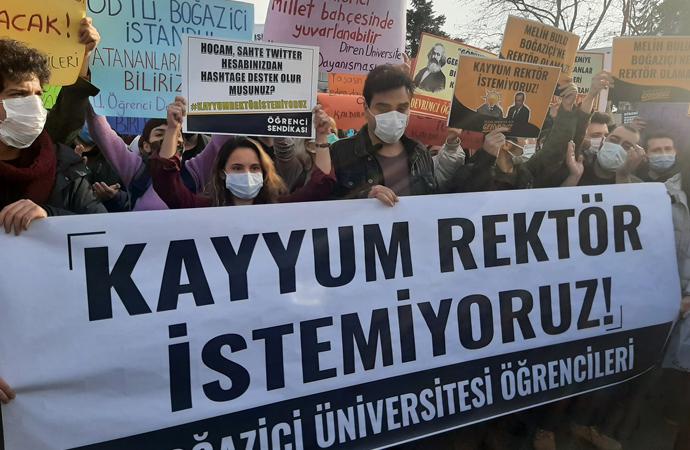 Üniversite önündeki gösterilere ilişkin 16 kişi gözaltına alındı