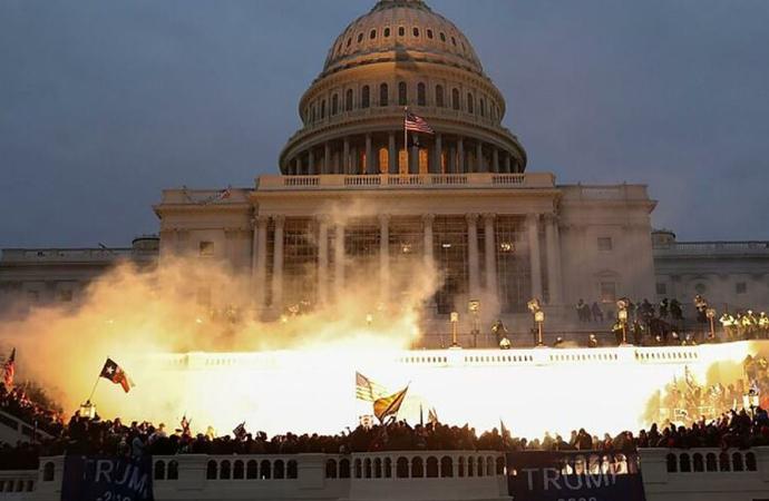 Bush: Ayaklanma, ülkemize ve itibarımıza büyük zarar verebilir