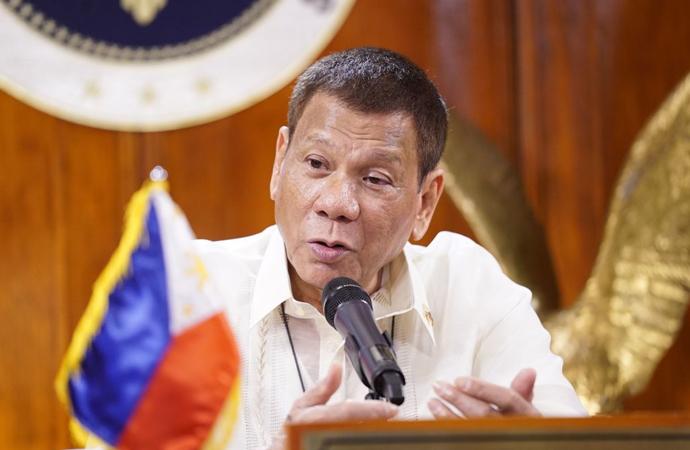 """Duterte: """"Başkanlık kadınlara göre bir iş değil"""""""