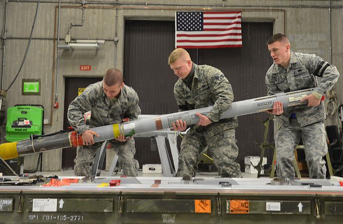 Nükleer Silahların Yasaklanması Antlaşması yürürlüğe girdi