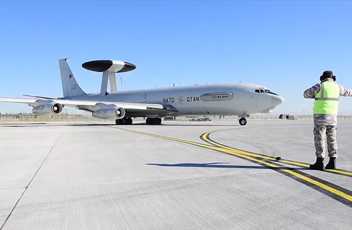 Türkiye'ye ve NATO'ya ait uçaklar eğitim yaptı