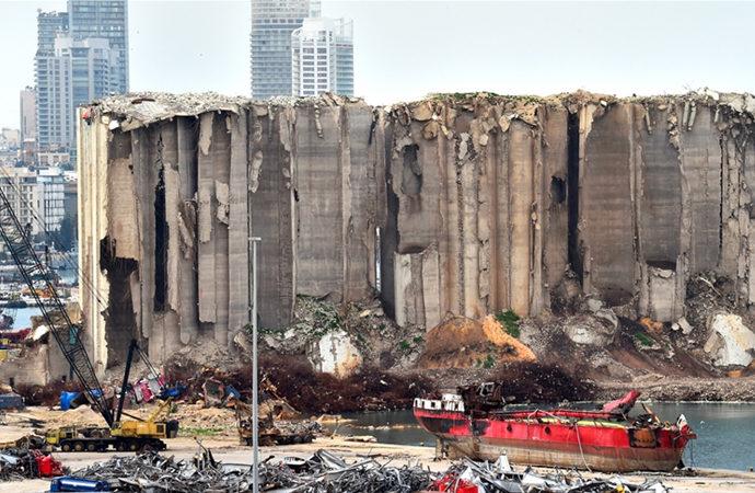 Beyrut Limanı'ndaki 52 konteynerlik kimyasal madde Almanya'ya gönderilecek