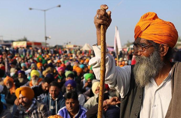 Hindistan'da çiftçi protestoları devam ediyor