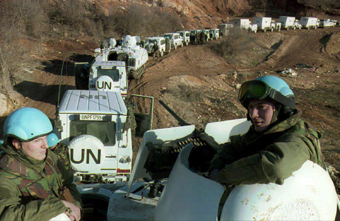 Hollanda hükümetinden Srebrenitsa'daki askerlerine jest!