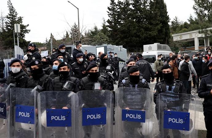 Boğaziçi gösterilerinde 159 gözaltı