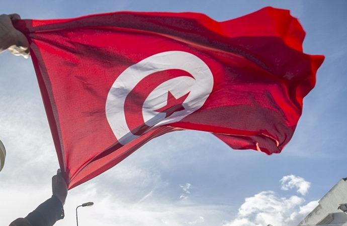 Tunus'ta devletin zirvesinde kriz