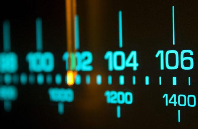 Radyo yayınları artık radyodan değil telefondan dinleniyor