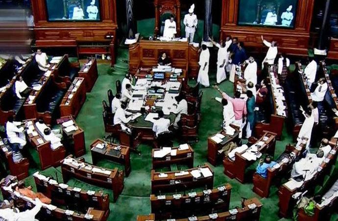 Hindistan Parlamentosunda Keşmirli vekil kalmadı