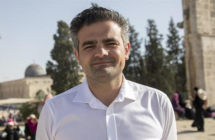 'Her seçimde Türkler, Müslümanlar ve İslam üzerinden siyaset yapılıyor'