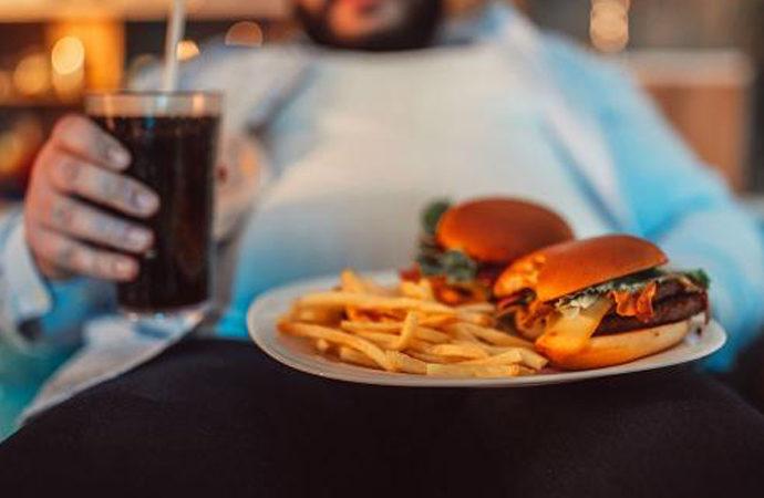 İngiltere'de obeziteden ölümler sigarayı geçti