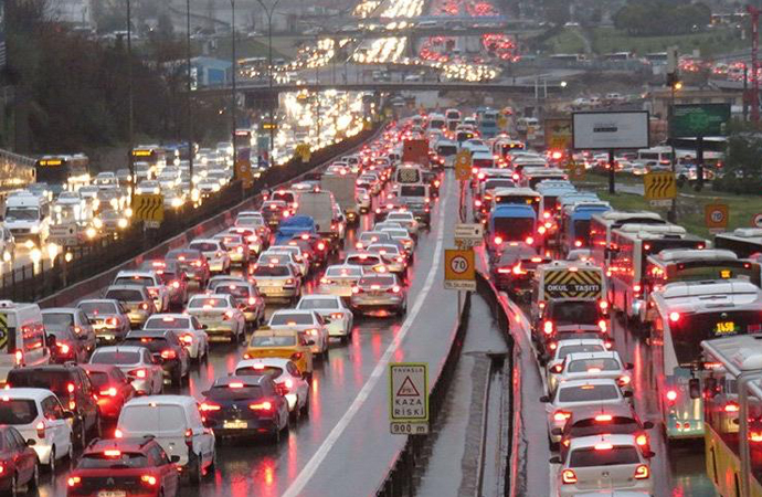 'Karayolu Trafik Güvenliği Strateji Belgesi ve Eylem Planı' genelgesi