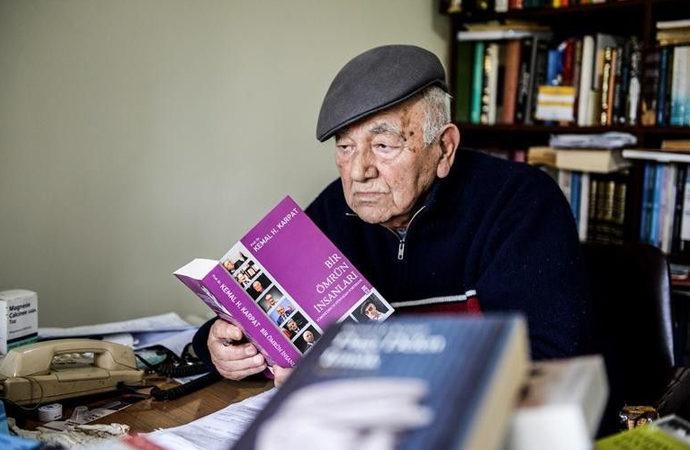 Medrese mezunu tarihçi Kemal Karpat