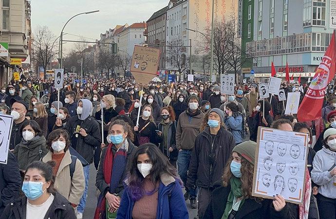 Almanya'da ırkçılık karşıtı yürüyüş