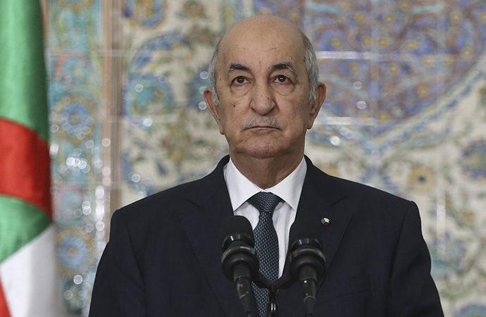 Cezayir Cumhurbaşkanı parlamentoyu feshetti
