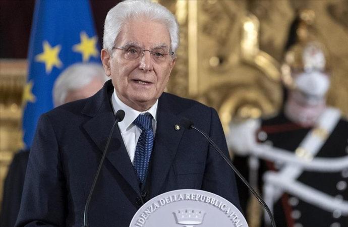 İtalya, öldürülen büyükelçisi ve koruması için yasta
