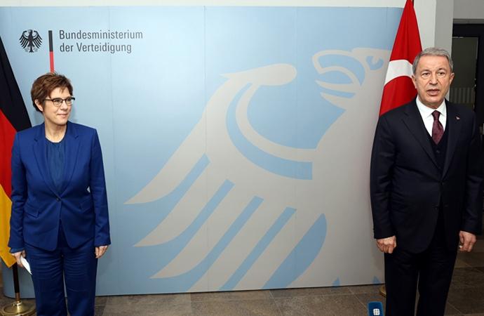 Almanya: Türkiye önemli NATO partneridir, öyle kalacaktır