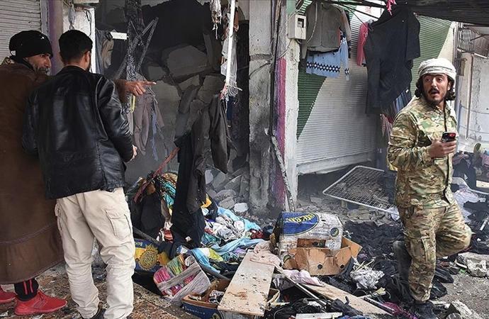 Türk askerleri yardım dağıtırken, Rasulayn'da eş zamanlı terör saldırıları