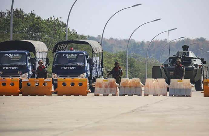 Myanmar'da askeri yönetimden Facebook'a erişim yasağı
