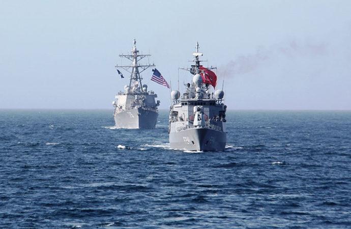 Türk ve Amerikan kuvvetleri Karadeniz'de eğitim yaptı