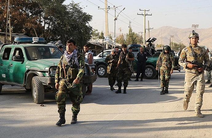 Afganistan'da Taliban saldırısında 9 Afgan askeri hayatını kaybetti