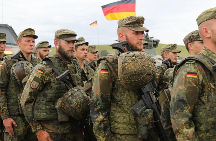 Almanya'da 'Ordunun durumu'na ilişkin 8 sayfa rapor