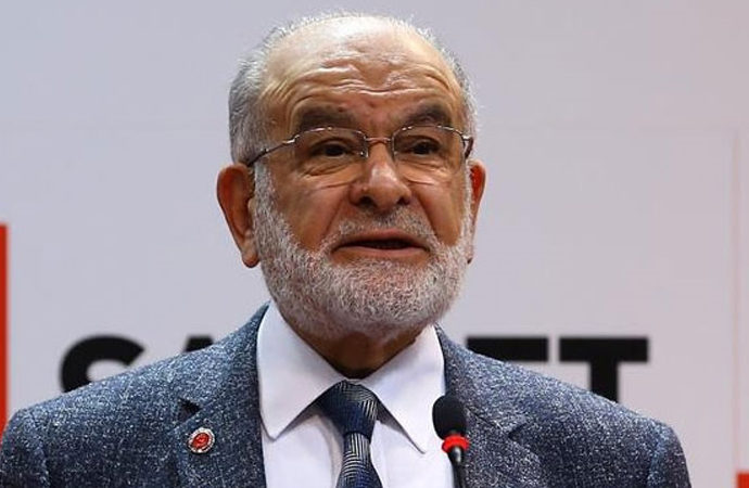 """Karamollaoğlu'ndan """"Demokrasi"""" mesajı"""