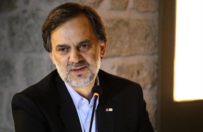 Kızılay Genel Müdürü, sığınmacılara yönelik çalışmalar hakkında sunum yaptı