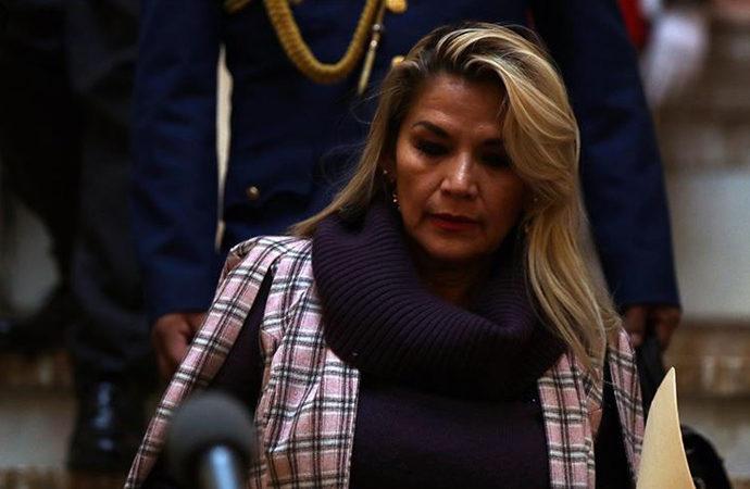 """Bolivya'da """"darbe davası"""" sonuçlandı, Anez için yakalama kararı"""