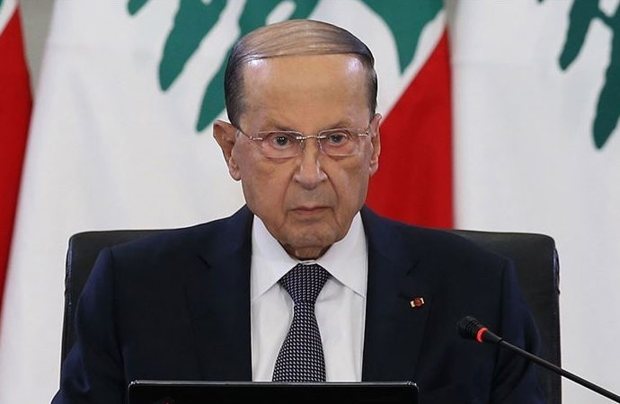 Cumhurbaşkanı Avn'dan Hariri'ye: Hükümeti kur ya da çekil