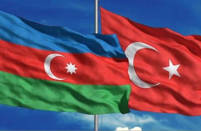 Türkiye-Azerbaycan arasında sadece kimlikle seyahat 1 Nisan'da başlıyor