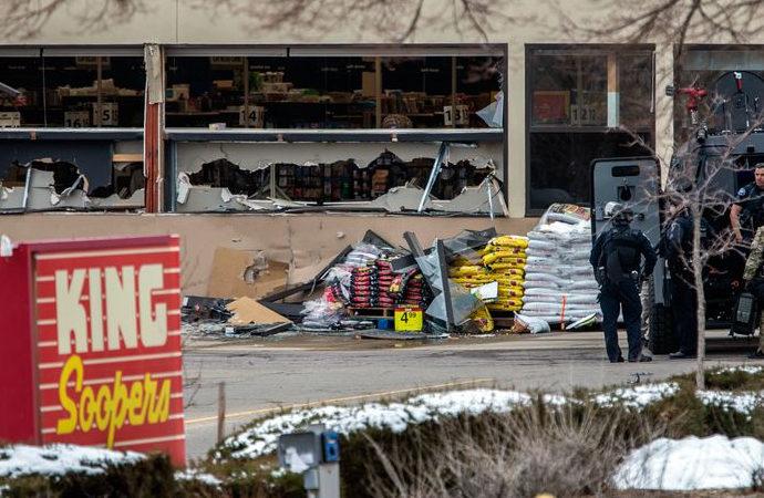 ABD'de bir markete silahlı saldırı: 10 ölü