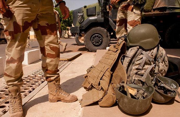 Fransız ordusu Mali'de sivilleri öldürmekle suçlanıyor