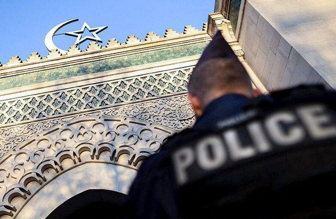 Fransa'da, İslam'ın merkezde olduğu yeni tartışma