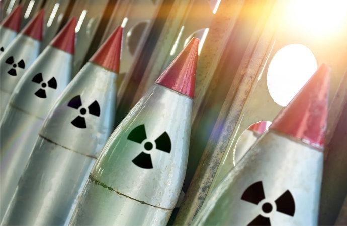 İngiltere küresel silahlanma kısıtlamalarını atlayarak neyi hedefliyor?