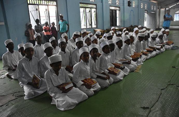 Sri Lanka, binden fazla medresenin kapısına kilit vuruyor