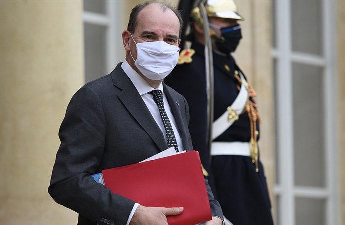 Fransız Başbakanı, Cezayir'e şimdi gitmekten vaz geçti