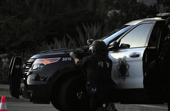 Washington'da ve California'da silahlı saldırılar