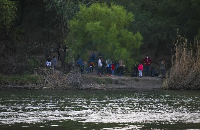 Meksika, ABD'yi göçmen akını konusunda uyardı