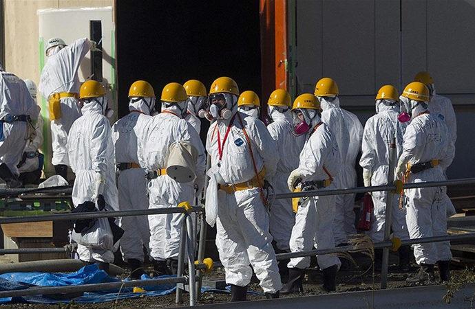 Japonya Fukuşima'daki radyoaktif 'atık su'yu ne yapacak?