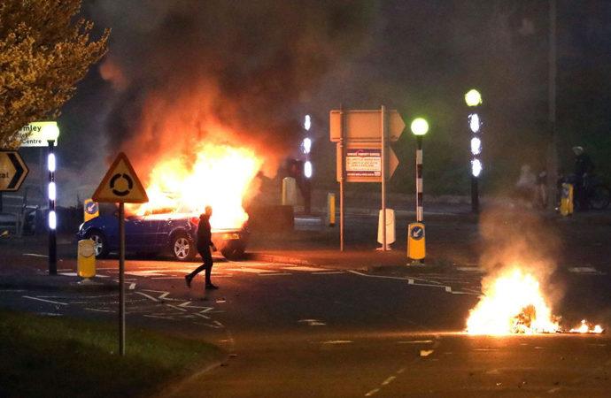İrlanda'da şiddet olayları