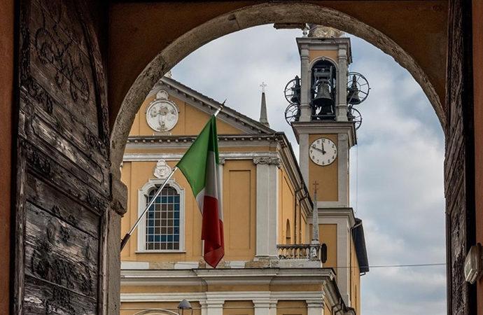 İtalya'da yasa dışı telefon dinleme krizi