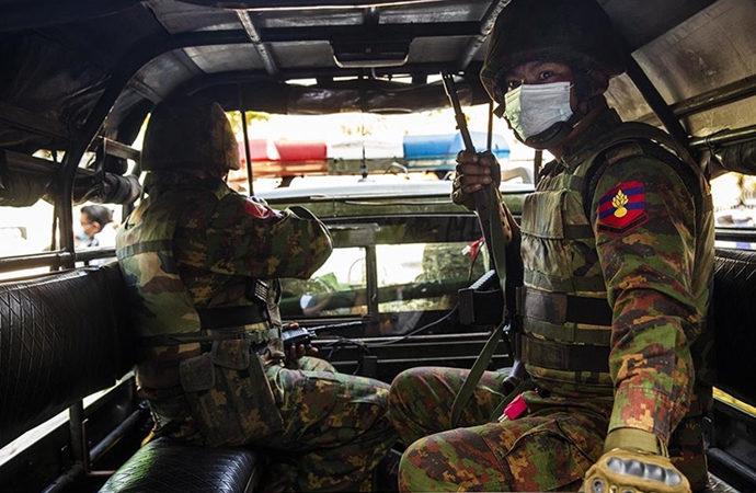 Myanmar ordusu ateşkes ilan etti, ordu için istisna koydu