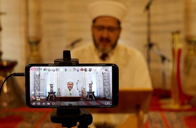 Selimiye Camii'ndeki mukabeleler canlı yayında