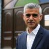 Londra'da yeniden Müslüman belediye başkanı