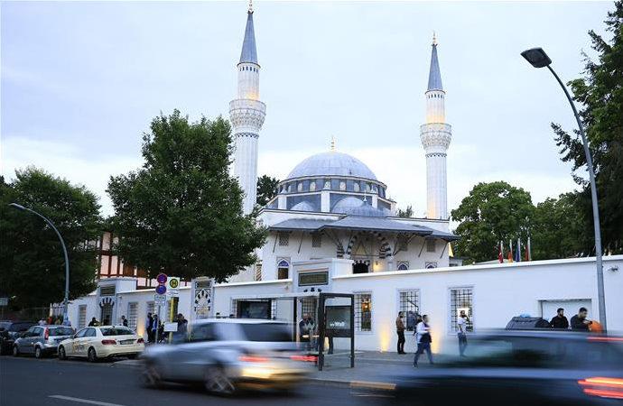 """""""İslamcılık Haritası Kassel"""" ortaya çıktı"""
