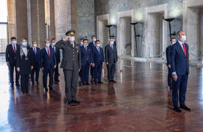 Hakimler ve Savcılar Kurulu yeni üyeleri Anıtkabir'de