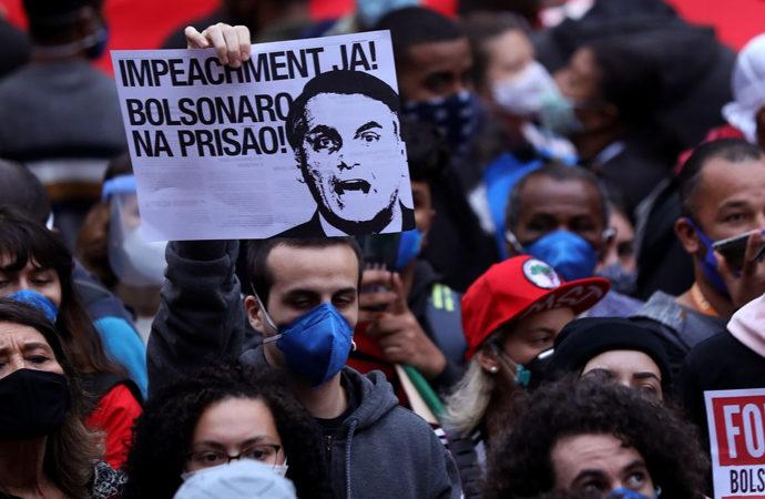 """""""Tropiklerin Trump'ı"""" Bolsonaro'ya karşı gösteriler"""