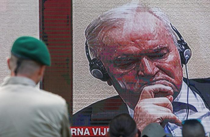 Sırbistan basınında Mladic'e övgüler