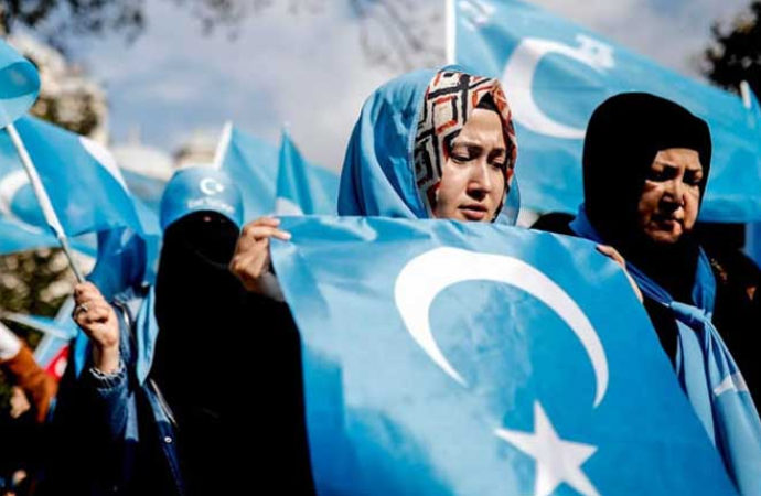 Doğu Türkistan Müslümanları Çin'in zulmü altında
